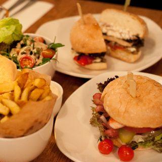 De lekkerste burgers in Amsterdam: Ellis Gourmet Burger