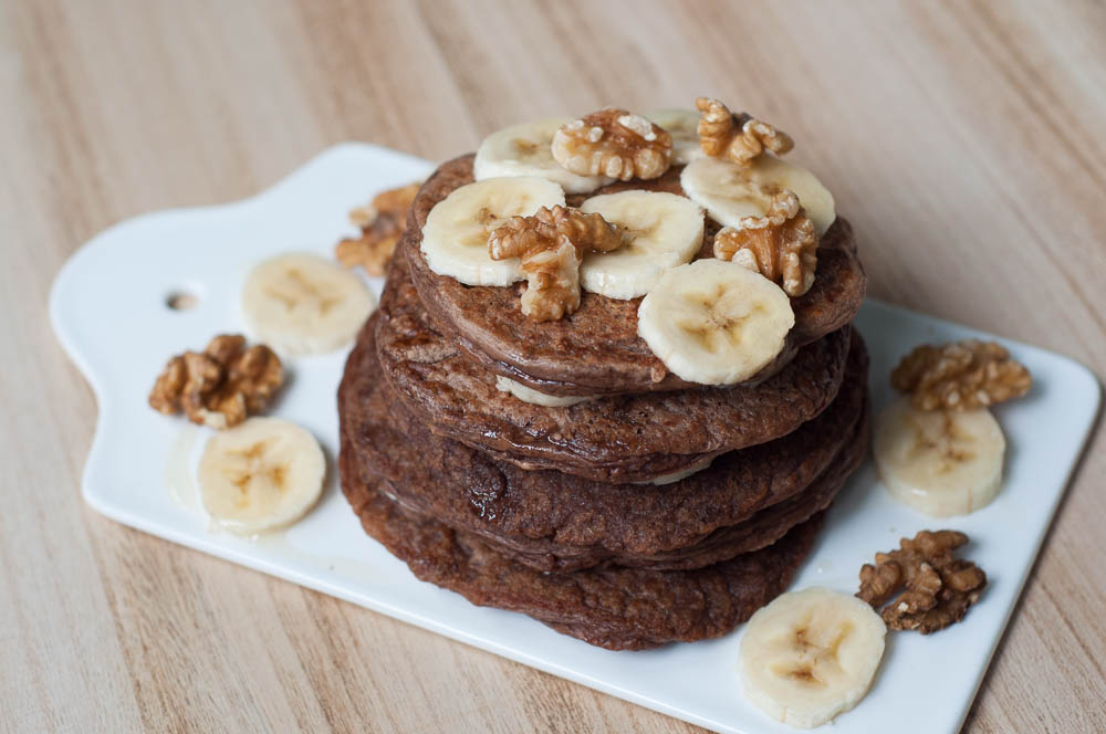 Chocolade pannenkoeken met banaan en walnoot