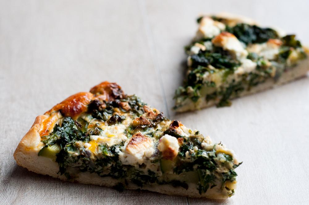 Hartige boerenkool-spinazie taart