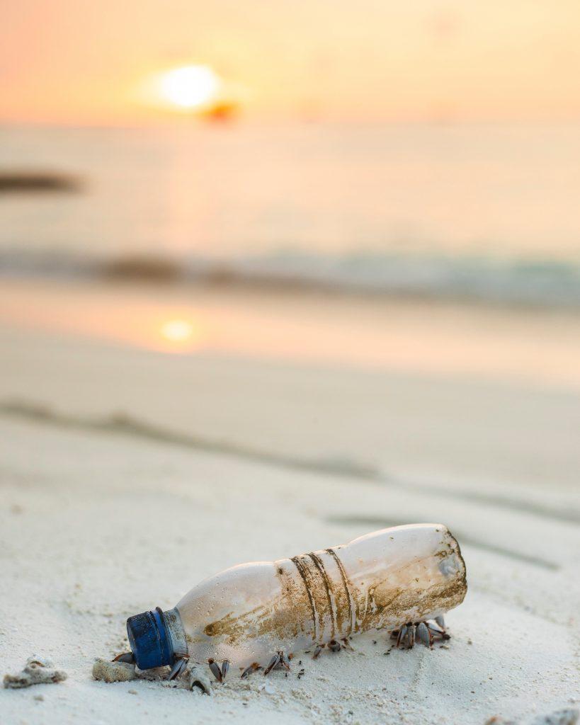 plastic wegwerpartikelen